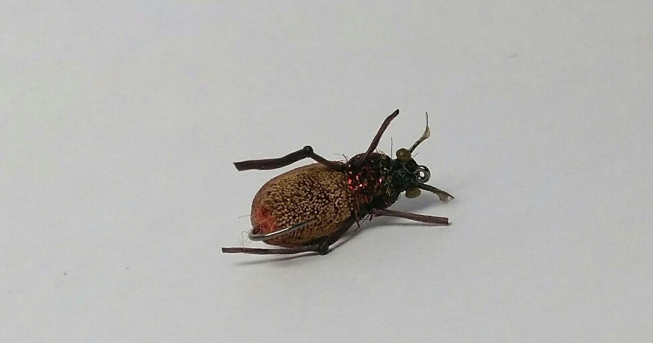 Мушка жук своими руками 37